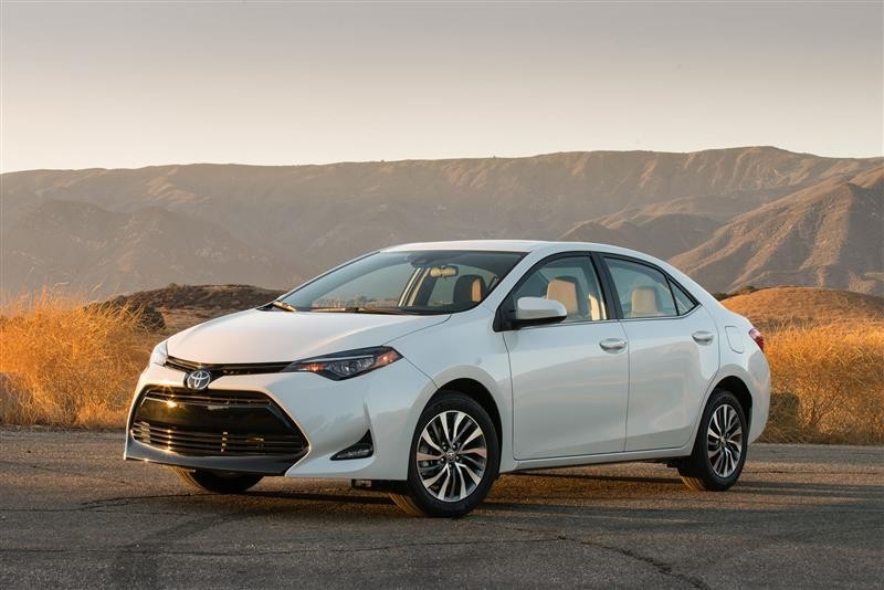 2018 Toyota Corolla: Happy Errands